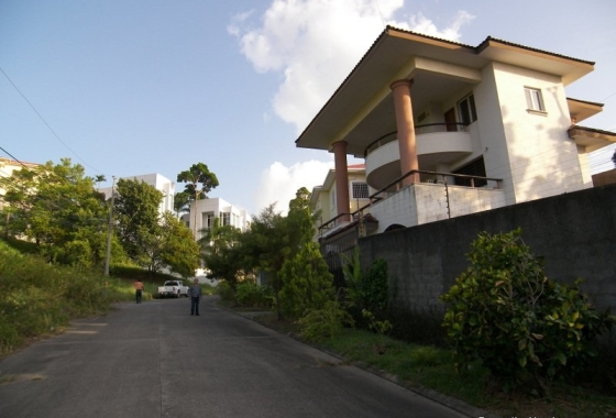 three-story-house-exclusive-area-la-ceiba-honduras