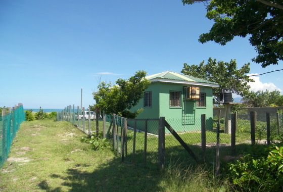 Honduras Beachfront house for sale