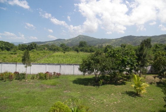 Gated Community lot in Balfate Colon Honduras