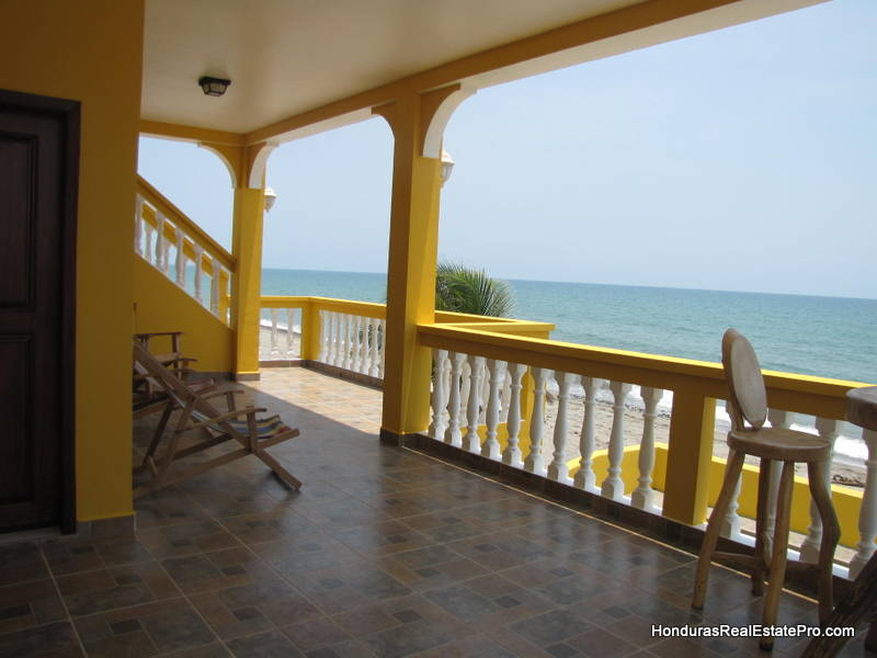 Beachfront Bargain Hunt Honduras Hgtv Affordable Beach Living