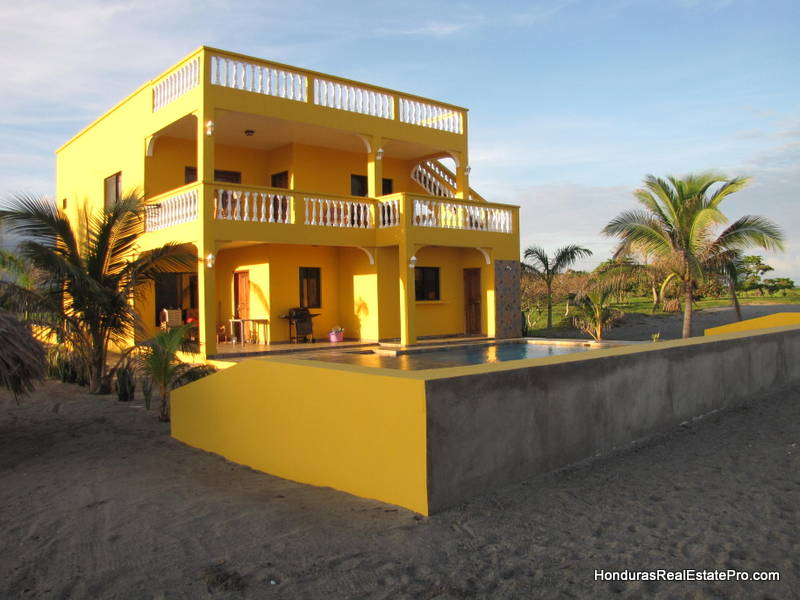 La Ceiba Beach Club Home